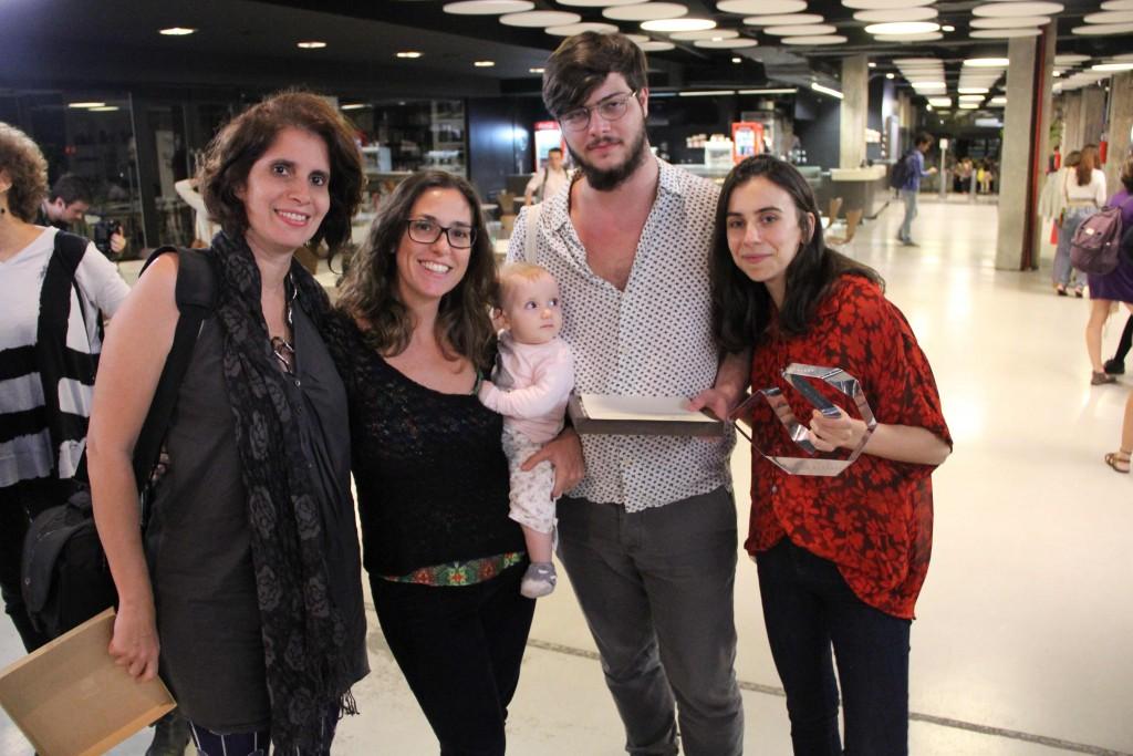 Célia Freitas, Mariana Sussekind, a pequena Maya, Nicolas Thomé Zenute e Débora Viegas